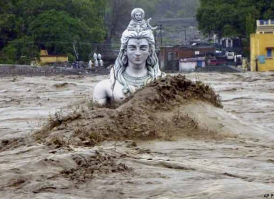Monsoon Fury in India: A great loss to Indians
