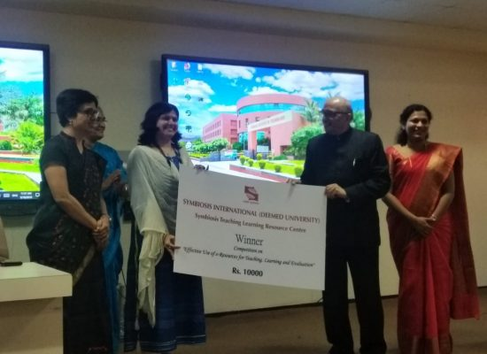 D.Mugdha Kulkarni emerged as winner in SIU competition on e-resource usage